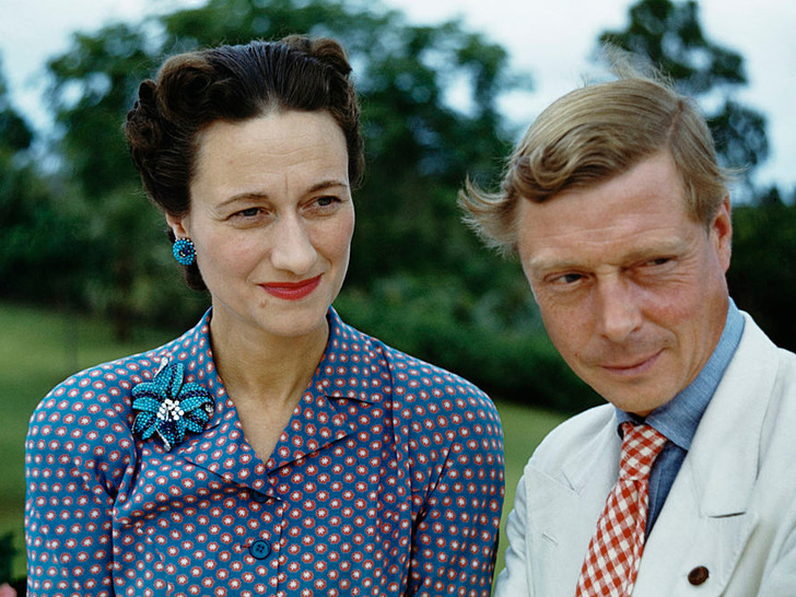 Фото №7 - Как королевские особы носят украшения с бирюзой: самые эффектные выходы