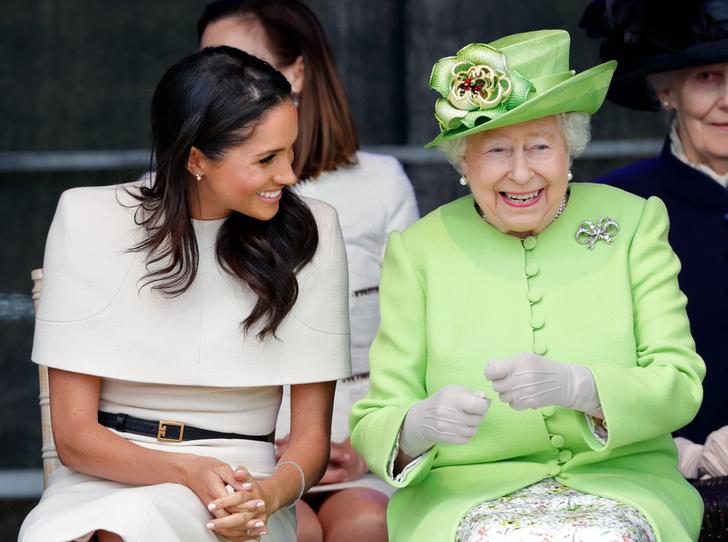 Фото №6 - Как герцогиня Меган разбудила «внутреннего ребенка» королевы