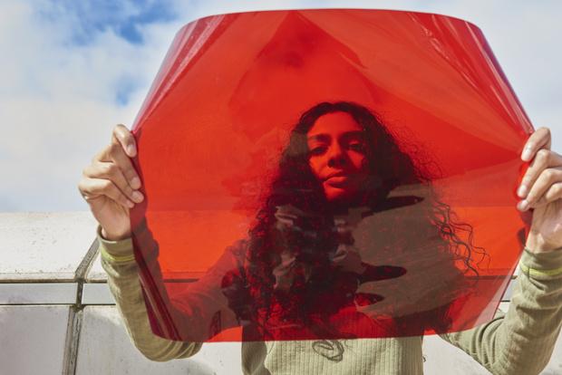 Фото №1 - Институт цвета Pantone создал новый оттенок, вдохновленный менструацией