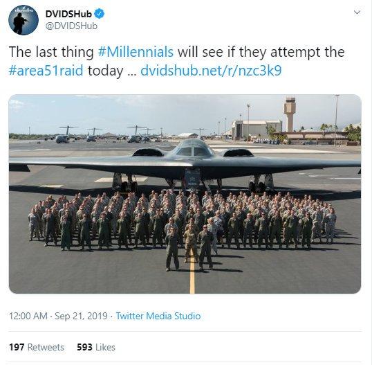 Фото №2 - Американские военные извинились за угрозу бомбить людей, планирующих штурмовать Зону 51