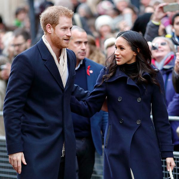Фото №3 - Непристойная Меган: роялисты подписывают петицию против невесты принца Гарри