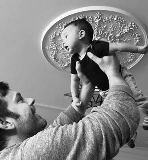 Фото №40 - Беби-бум: звезды, которые стали родителями в 2019-м