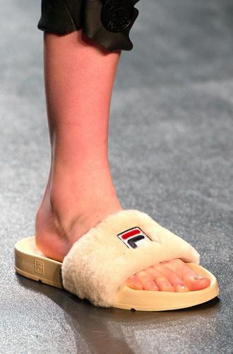 Фото №74 - Самая модная обувь сезона осень-зима 16/17, часть 2