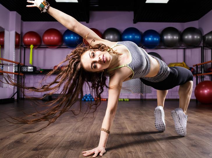 Фото №1 - Танцуй и худей, или Что такое «зумба фитнес»