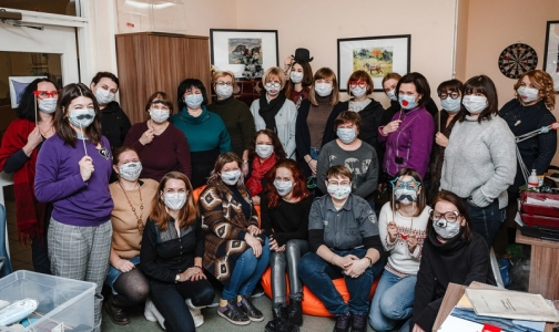 Фото №1 - «Невежество заразно, рак – нет!». Фонд AdVita запустил в Сети челлендж #небойсямаски в поддержку онкобольных