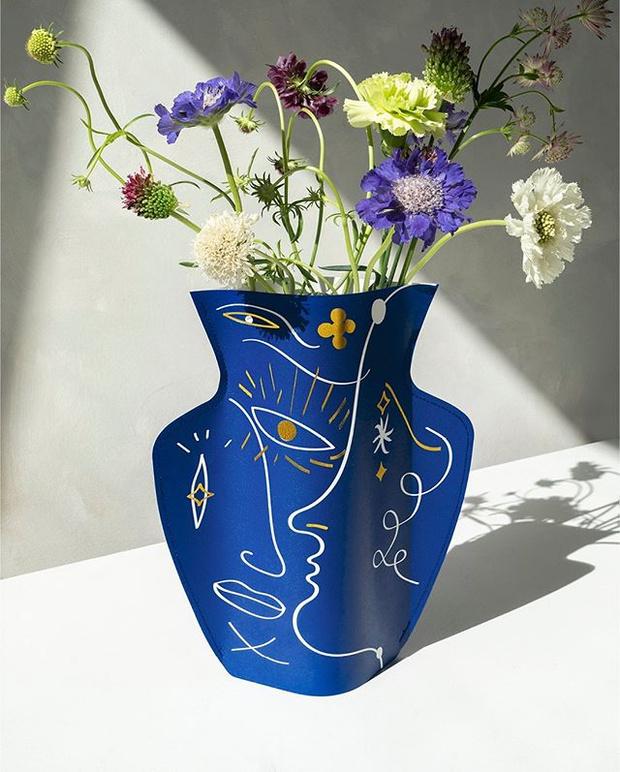 Фото №1 - Свежее решение: лучшие вазы для летнего букета