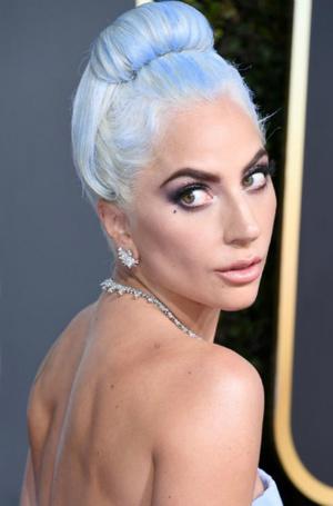 Фото №42 - Как хорошела Леди Гага: все о громких бьюти-экспериментах звезды