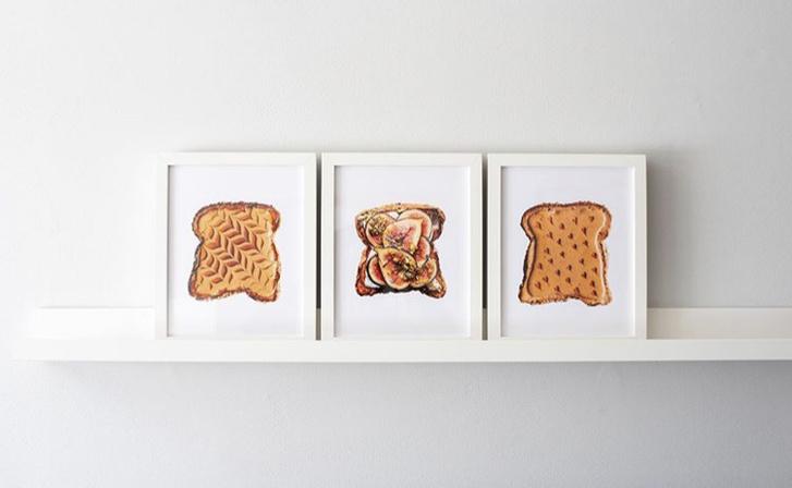 Фото №1 - Фуд-тренд: самые красивые тосты инстаграма— с арахисовой пастой и кленовым сиропом