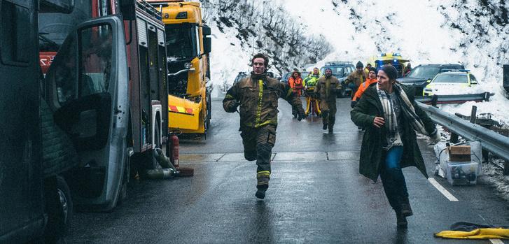 Фото №2 - MAXIM рецензирует норвежский фильм-катастрофу «Туннель: Опасно для жизни»