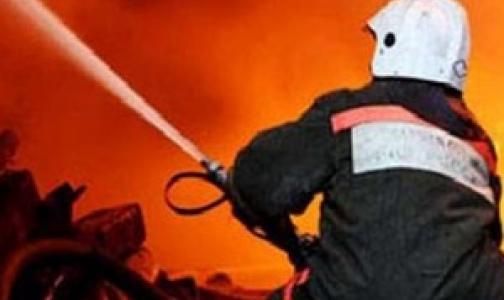 Фото №1 - В больнице имени Боткина тушили пожар в корпусе «Ж»