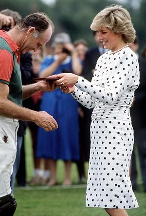 Фото №65 - Как Кейт Миддлтон вдохновляется стилем принцессы Дианы (и, главное, зачем?)