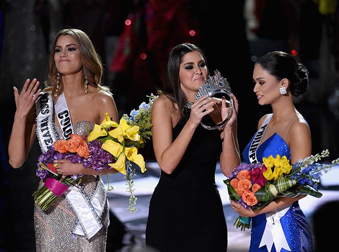 Фото №4 - На конкурсе «Мисс Вселенная 2015» корону вручили дважды