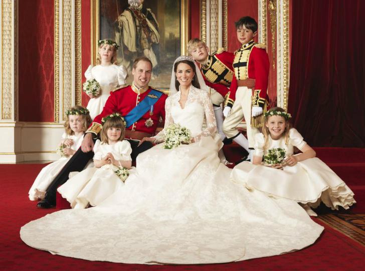 Фото №2 - Что пожелали Уильяму и Кейт в день годовщины