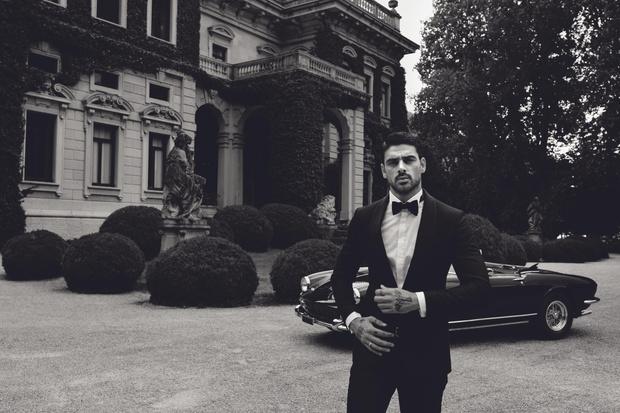 Фото №2 - Сеанс гипноза: самый обсуждаемый итальянский актер стал лицом мужской коллекции Guess