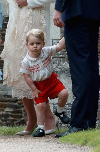 Фото №34 - Самые трогательные моменты крестин детей герцогов Кембриджских