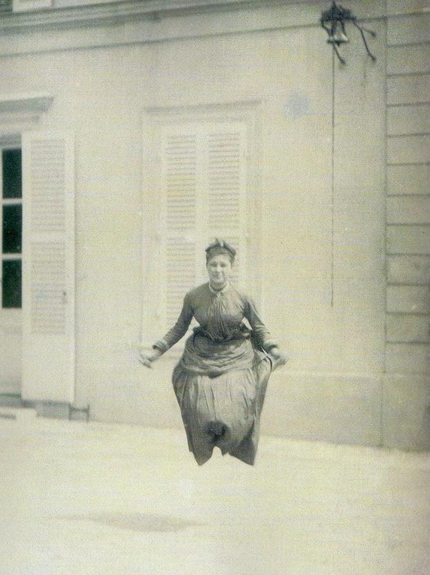 Фото №10 - Шедевры сурового фотошопа в семейных альбомах наших прадедов