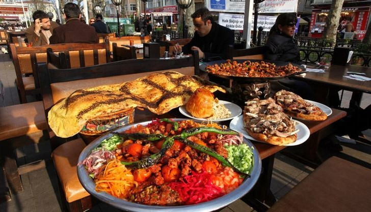 Фото №1 - Особенности турецкой кухни и 3 пошаговых рецепта от шеф-повара