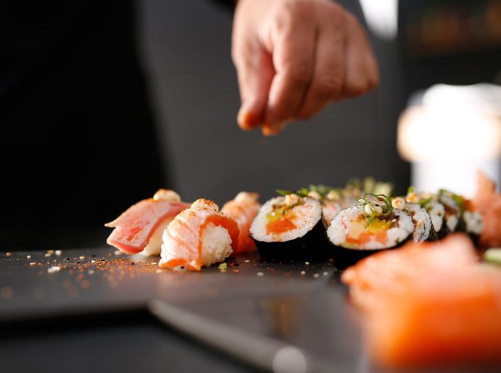 Фото №1 - Азия микс: три рецепта популярных роллов