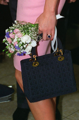 Фото №9 - Леди Диана и Lady Dior: история любви принцессы и сумки