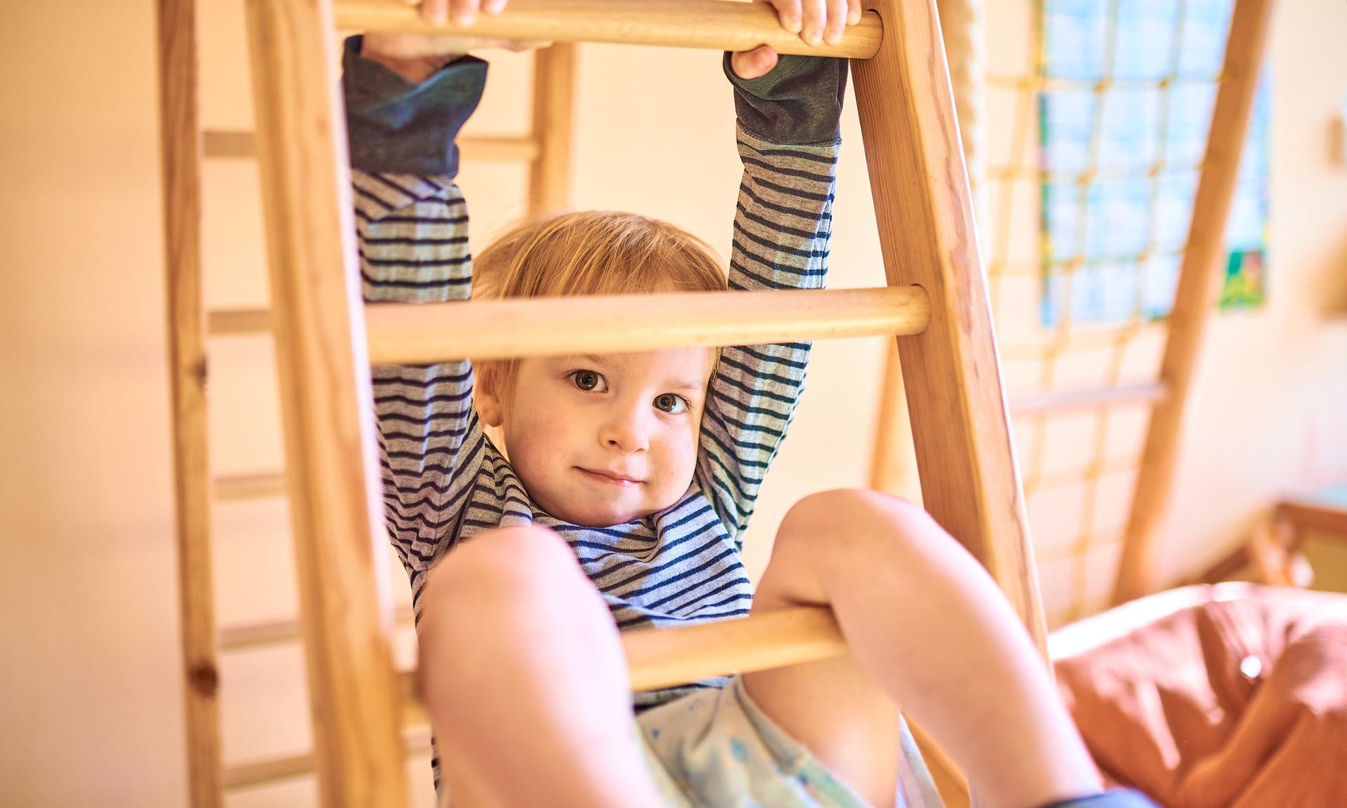Для самых маленьких: детская оздоравливающая гимнастика