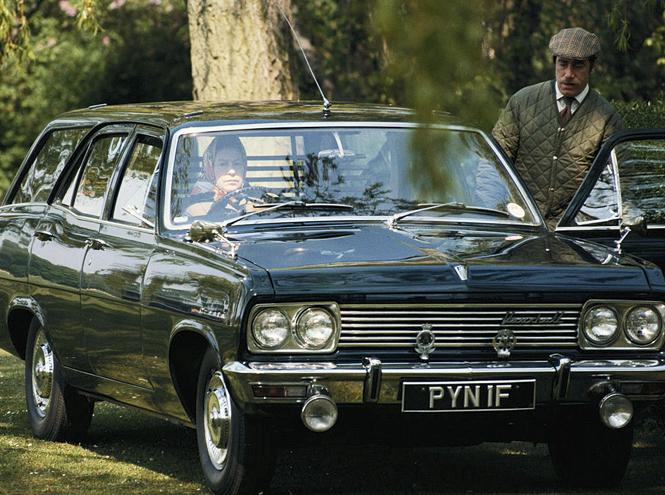 Фото №2 - Почему мы можем больше не увидеть Королеву за рулем