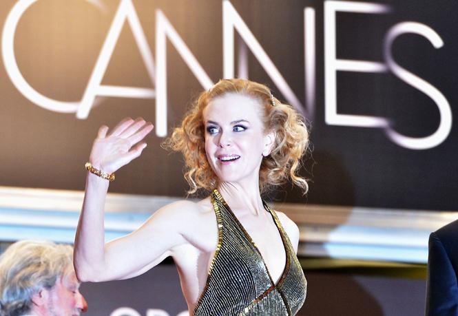 Фото №39 - Королева Канн: все модные образы Николь Кидман за историю кинофестиваля