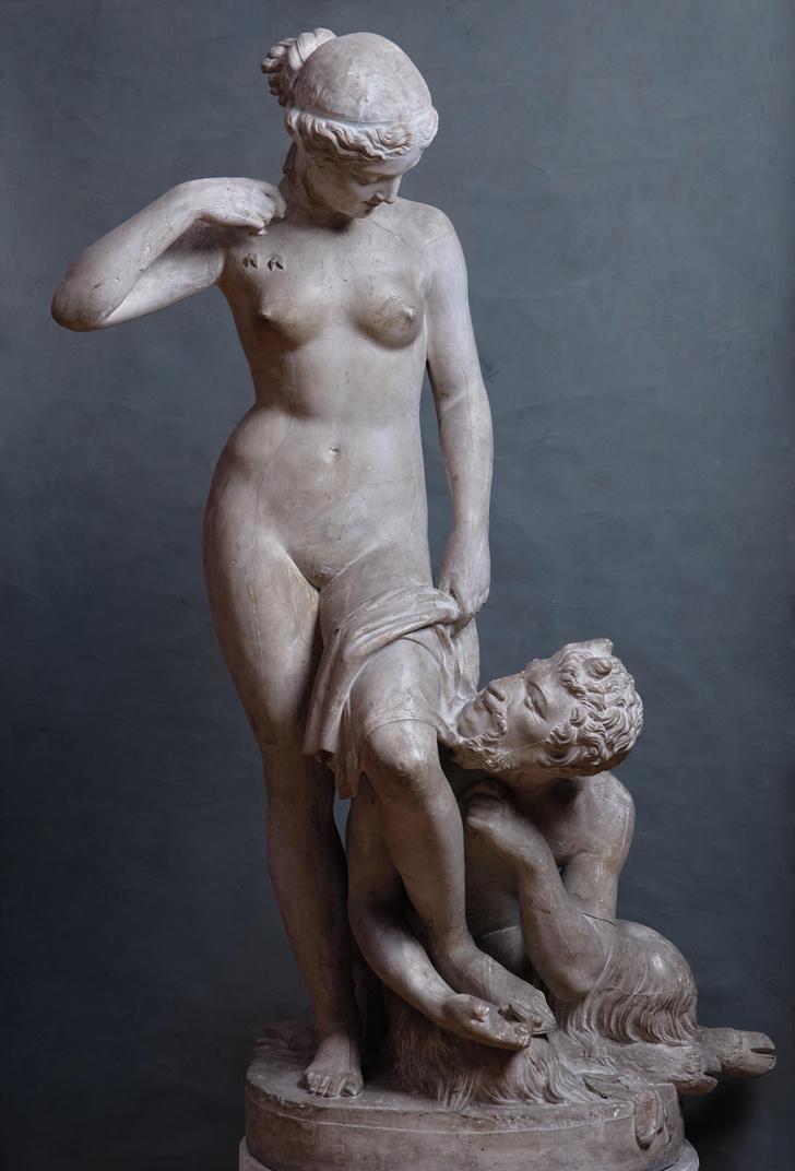 Фото №5 - «(Не)подвижность»: русская классическая скульптура в Санкт-Петербурге