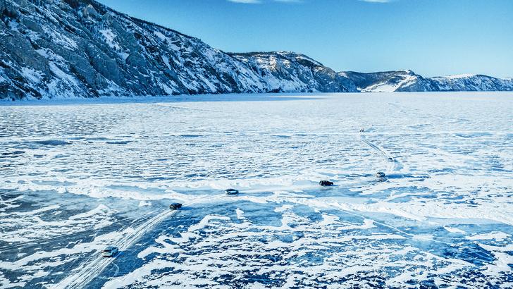Фото №2 - Lexus покоряет Байкал: лед, вода и медные трубы