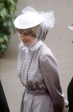 Фото №6 - Самые известные шляпы принцессы Дианы, которые вошли в историю