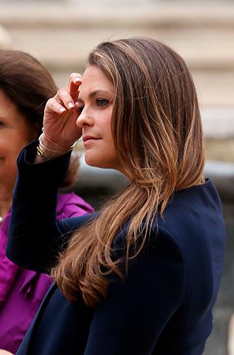 Фото №41 - Без затей: что на голове у беременных принцесс