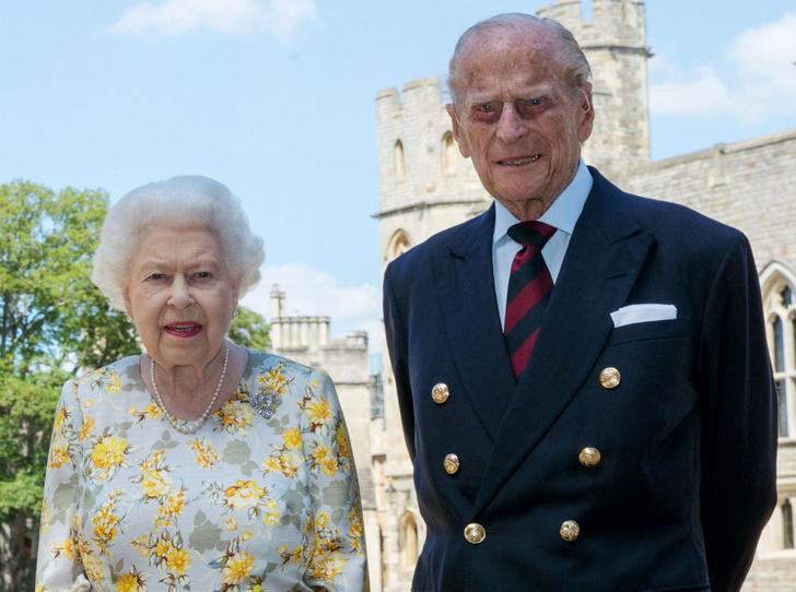 Фото №4 - Главный секрет счастливого брака Королевы и принца Филиппа