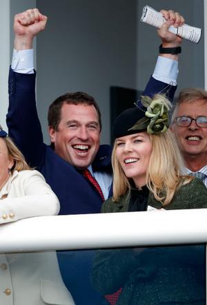 Фото №4 - Развод по сценарию: как старший внук Королевы и его жена повторяют судьбу принца Эндрю и Сары Фергюсон