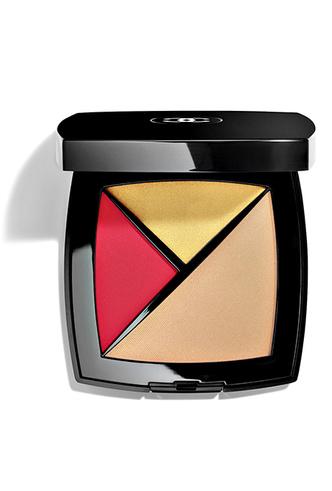 Фото №4 - Меняем цвет на свет: тонкости летнего макияжа от Chanel