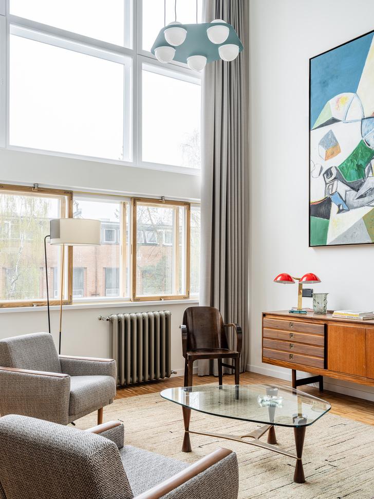 Фото №2 - Сила случая: квартира в доме Наркомфина по проекту Ananiev Interiors