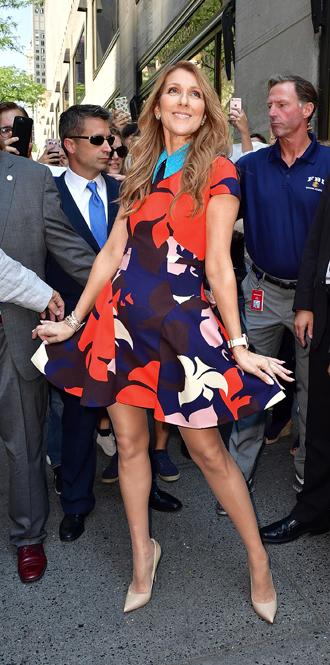Фото №10 - Модная трансформация Селин Дион: лучшие образы от нового стилиста певицы