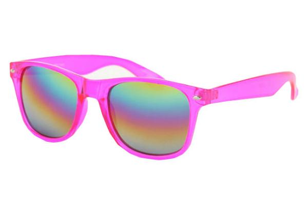 Фото №9 - Солнечные очки: маст-хэв лета