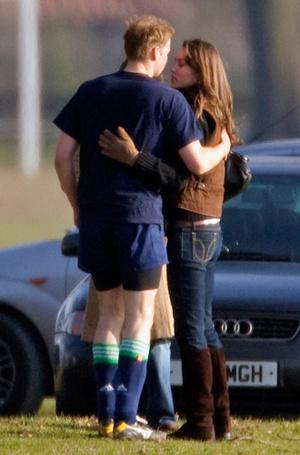 Фото №4 - Чем брак принца Гарри и Меган Маркл будет отличаться от брака Уильяма и Кейт