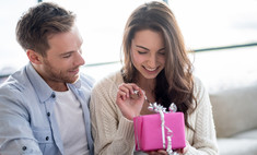 День всех влюбленных: 30 модных подарков для нее