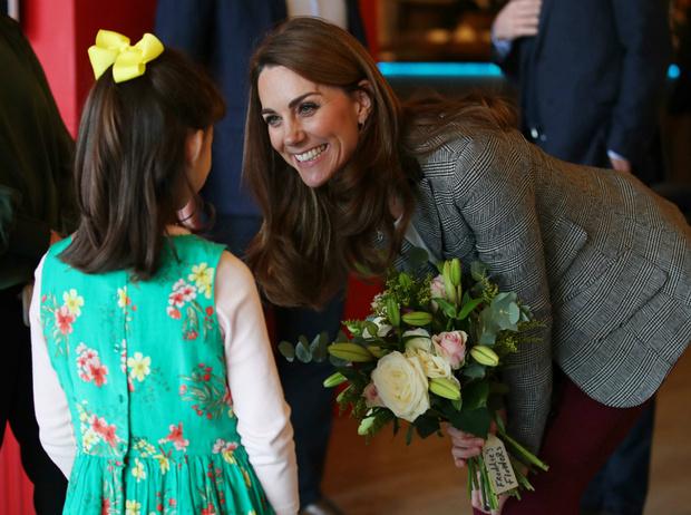 Фото №3 - Редкий момент: принц Уильям продемонстрировал чувства к Кейт на публике
