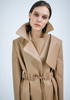 Фото №2 - Где искать идеальное пальто и кожаный тренч на весну? Однозначно в новой коллекции osome2some