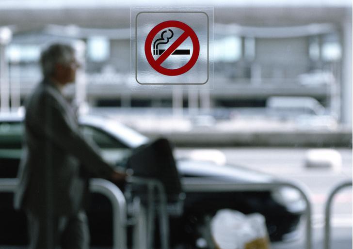 Фото №1 - Курильщики тяжелее переносят COVID-19