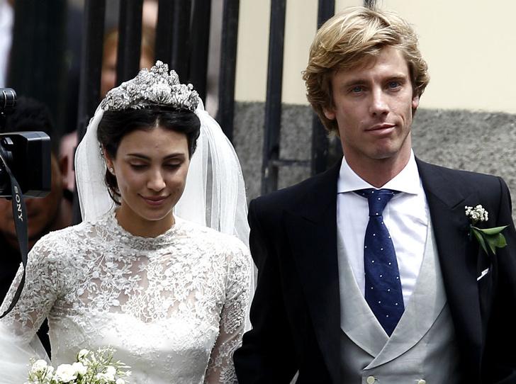 Фото №1 - Счастливые известия: у «самой красивой королевской пары» родилась двойня
