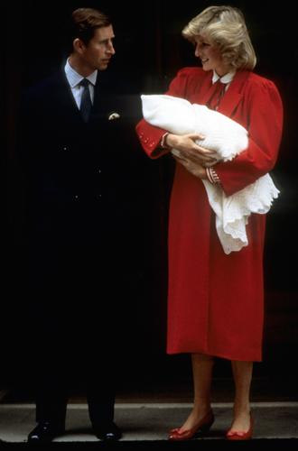 Фото №11 - Искусство «возвращения домой»: как принцесса Диана и Кейт Миддлтон изменили вековую традицию