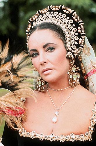 Фото №9 - Королевские драгоценности Элизабет Тейлор