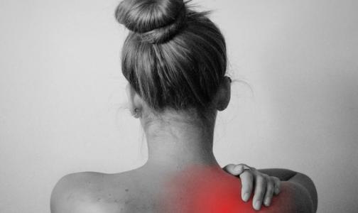 Фото №1 - Болит плечо и ноют мышцы? Аппаратные методы обследования могут рассказать, виноват ли в этом ковид