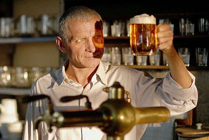 Фото №4 - Как алкоголь влияет на здоровье в разном возрасте: от легкого похмелья до уменьшения пениса