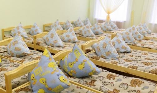 Фото №1 - Петербургская прокуратура нашла в детском саду просроченные продукты