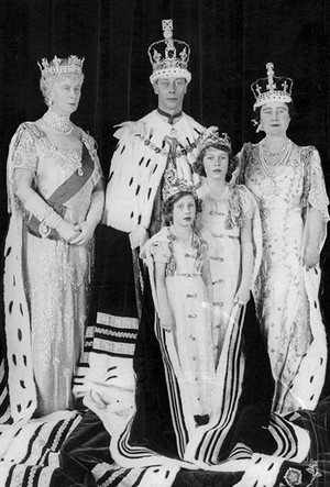 Фото №13 - Как Кейт Миддлтон укрепляет тайный матриархат королевского семейства (и почему это важно)