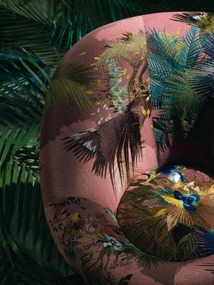 Фото №6 - Вокруг света: Саша Валкхоф о новой коллекции для Christian Lacroix