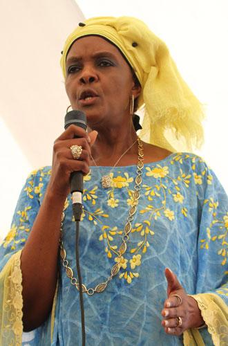 Фото №3 - Из первой леди в изгои: как Грейс Мугабе стала врагом своего народа